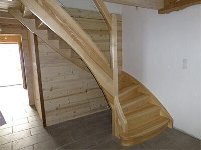 Escalier bois à Epinal