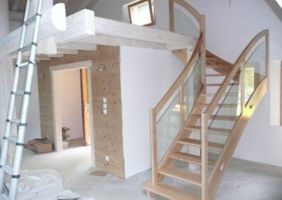escalier-interieur-bois