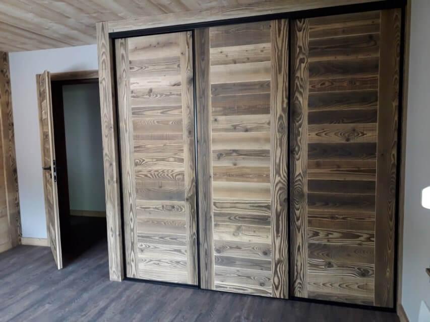 Porte en bois à Gérardmer